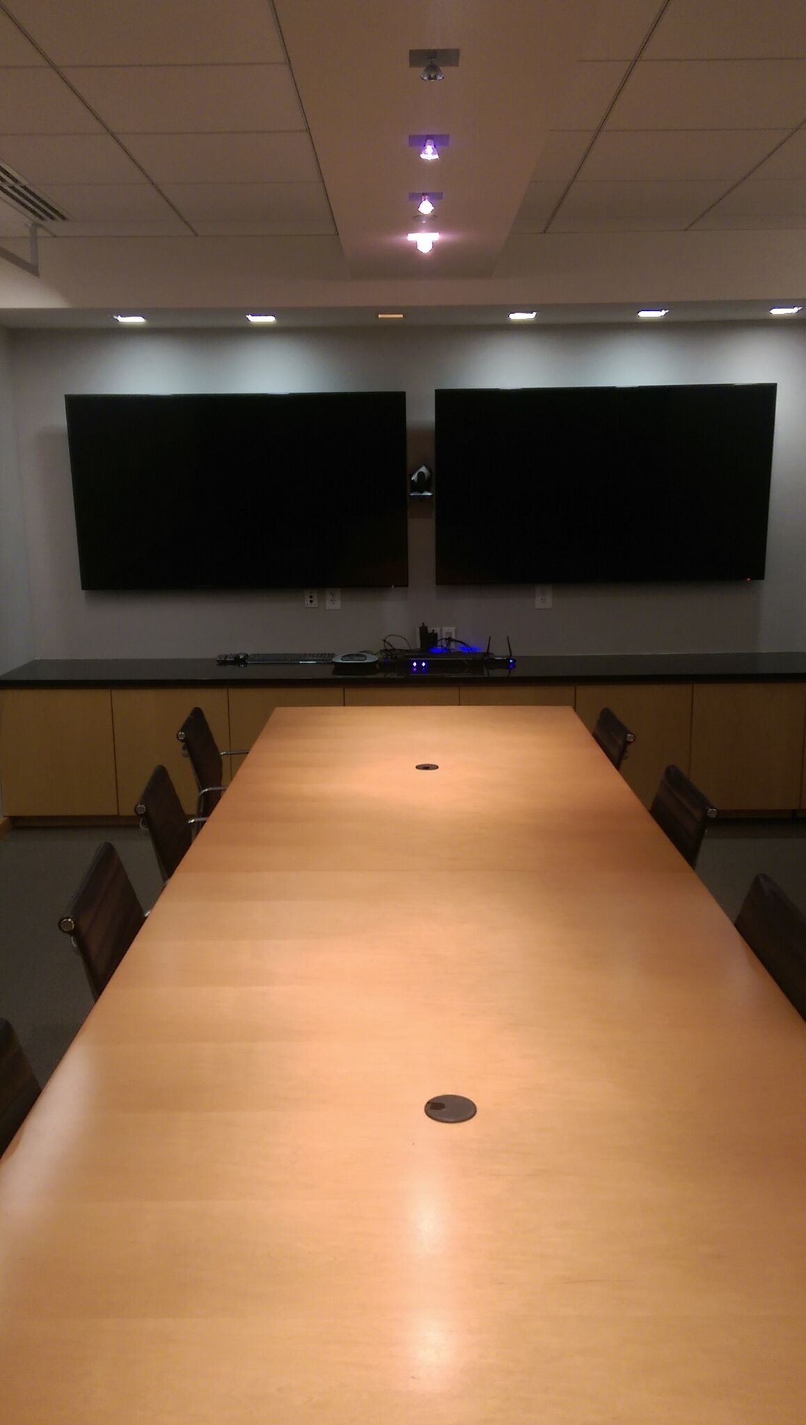 Commercial audio and video installation services - Comercial sound ...